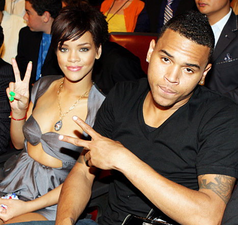 1349220530_rihanna-chrisbrown-467
