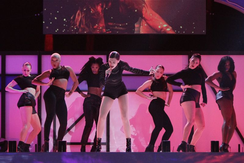 Jessie J Performance