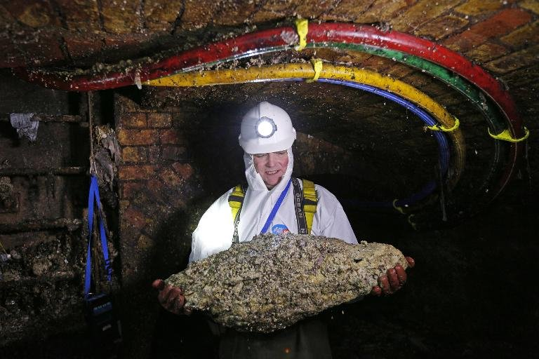 Afp-london-sewer-cleaners-in-fatberg-fightback